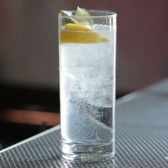 Gin & Tonic - Gin cocktail