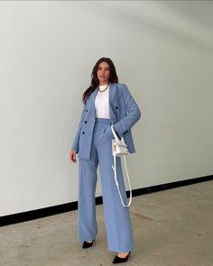 Suit Fashion, Look Fashion, Korean Fashion, Fashion Outfits, Fashion Hair, High Fashion, Cute Casual Outfits, Stylish Outfits, Suits For Women