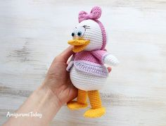 Webby Duck - Free crochet pattern by Amigurumi Today