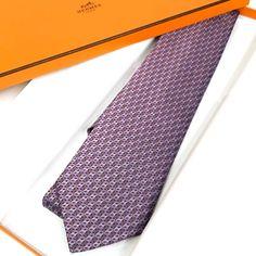 Latest HERMÈS© Scarves, Shawls, Ties, Ready-to-Wear and more... Hermes Men, Shawls, Ready To Wear, Ties, Scarves, How To Wear, Fashion, Tie Dye Outfits, Scarfs