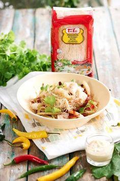 Tao Tao - Sałatka z selerem naciowym i krewetkami TaoTao - orientalne przepisy kulinarne Tao, Chicken, Cubs