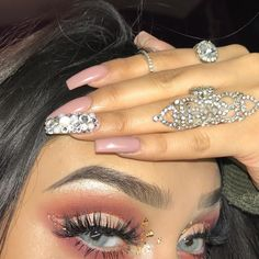 CA snappy/twitter/YouTube: tephadoll  beauty account: vaingaloremakeup