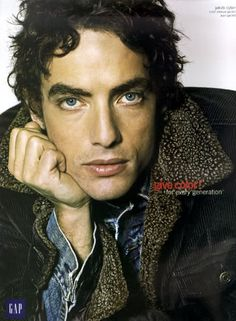 bob dylan's son | jacob dylan lead singer of the wallflowers son of bob dylan... It's hard to believe that because he has looks and talent