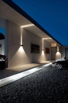 Kallistos Stelios Karalis || LUXURY Connoisseur ||appliques extérieures, façade contemporaine avec un beau éclairage d'extérieur