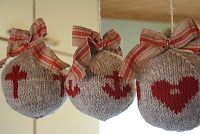 Tro hopp och lek, sticka julkulor, det va kul 2011