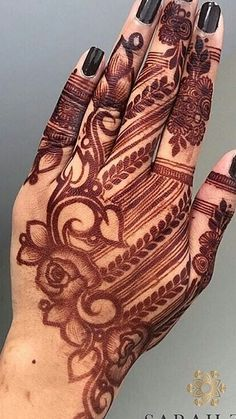 Pin For Trend Presented Awesome Arabic Mehandi Designs For Beautiful Girls - Mehandi Designs Images 2019 - 2020 (Latest Henna Designs Collection) Wedding Henna Designs, Modern Henna Designs, Floral Henna Designs, Mehndi Designs Feet, Arabic Henna Designs, Indian Mehndi Designs, Mehndi Designs 2018, Stylish Mehndi Designs, Mehndi Designs For Girls