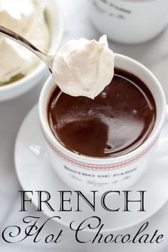 French Hot Chocolate with Whipped Cream I can not wait to try this out. Just add the milk, cream, powder sugar, and espresso in a pan and heat til it bubbles around the edges. Stir in chocolate. Top with whip cream. Just Desserts, Dessert Recipes, Frosting Recipes, Drink Recipes, Yummy Drinks, Yummy Food, Tasty, Hot Chocolate Bars, French Hot Chocolate Recipe