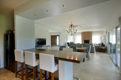 Arquinova Casas - Fredi Llosa Ideas Para, Living Room Designs, My House, House Plans, Sweet Home, Dining Table, Interior Design, Bedroom, Kitchen