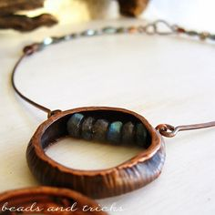 Forged copper and labradorite necklace | Handmade by Beads and Tricks