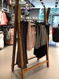 Retail inspiration store interior design clothing displays and interiors display ideas Bar Design, Store Design, Clothing Displays, Clothing Racks, Chicago Store, Image Storage, Store Interiors, Shop House Plans, Store Displays