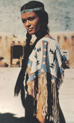 Native American beauty, what I wish I looked like! American Indian Girl, Native American Beauty, Native American History, American Indians, Native American Hairstyles, American Outfit, American Lady, Native American Girls, American Clothing