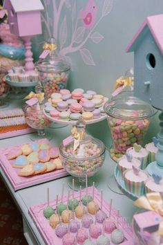 A cute pastel themed dessert buffet! Perfect for any spring Bat Mitzvah celebrat… A cute pastel themed dessert buffet! Perfect for any spring Bat Mitzvah celebration. Buffet Dessert, Candy Buffet, Dessert Tables, Dessert Bars, Food Buffet, Diy Dessert, Shower Party, Baby Shower Parties, Baby Shower Candy Table