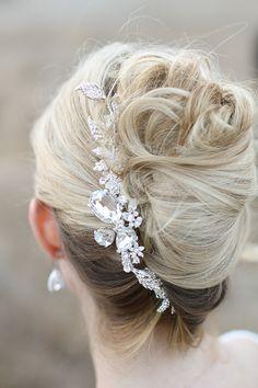 #hairstyles  Photography: Jennifer Ebert Photography - jenniferebertphotography.com Jewelry: Prim & Pixie - primandpixie.com Coordination + Styling: La Boheme Events - labohemeevents.com  Read More: http://www.stylemepretty.com/2013/03/22/wrap-it-up-pretty-prim-pixie-styled-shoot-winners/