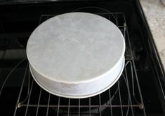 Do you ever have trouble with your cakes sticking to their pans? Here are my tips for getting your cakes to release beautifully. #cakepans #bakingcakes #panrelease
