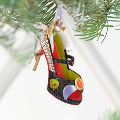 Disney Evil Queen Shoe Ornament: Snow White's wicked Queen takes steps to ensure she remains fairest in the land with these sparkling stilletto heels that are certain to cast a sinister spell over your holiday season. Disney Shoe Ornaments, Disney Christmas Ornaments, Christmas Things, Christmas Decorations, Christmas Tree, Peanuts Christmas, Holiday Decor, Xmas, Disney Evil Queen