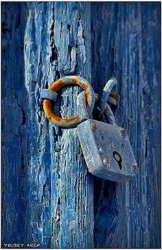 Door Knobs And Knockers Old Doors, Windows And Doors, Door Knobs And Knockers, Peeling Paint, Door Locks, Blue Aesthetic, Shades Of Blue, Color Inspiration, Door Handles