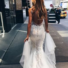 P252 luxurious mermaid long v-neck wedding dress with open back,sexy mermaid wedding dresses