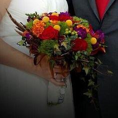 Rich fall wedding bouquet
