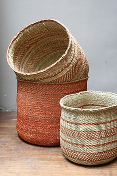 Love the orange in these baskets