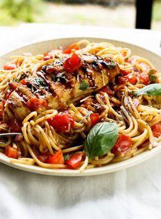 8. Chicken Bruschetta Pasta Salad #Greatist http://greatist.com/health/healthy-single-serving-meals