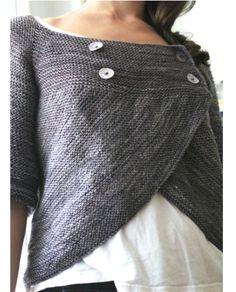 How cool is this knitted cardigan? We have plenty of modern ideas http://www.themodernknit.com/2014/06/28/modern-wrap-around-sweater/