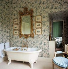 We'll never forget the precious labor and attention to details of the Victorian Style Bathroom Design Ideas  #victorianstyle #designideas