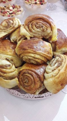 Homemade Beauty Products, Small Plates, Pretzel Bites, Beautiful Cakes, Sweet Recipes, French Toast, Food And Drink, Appetizers, Sweets