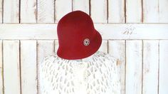 Dark red vintage wool cloche by GreenCanyonTradingCo on Etsy, $48.00