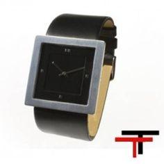 Reloj Cuadrado Watchcelona Dual negro  http://www.tutunca.es/reloj-cuadrado-watchcelona-dual-negro