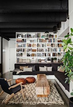 What do you think of the painted ceiling trend? #paintedceiling #moderninteriors #interiors #neutrallivingroom