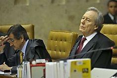 """Lewandowski se diz """"horrorizado"""" com críticas de Joaquim Barbosa"""