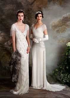 If you're on the hunt for a vintage gown, a style flapper wedding dress but something new then you need to see the Eliza Jane Howell Debutante collection Flapper Wedding Dresses, Vintage Inspired Wedding Dresses, Gatsby Wedding, Vintage Gowns, Bridal Dresses, Wedding Gowns, 1920 Gatsby, Dress Vintage, Vintage Style