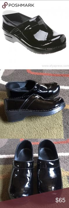 Sanita clogs🌺 Black patent Sanita clogs🌺 few scuffs on left front Sanita Shoes Mules & Clogs