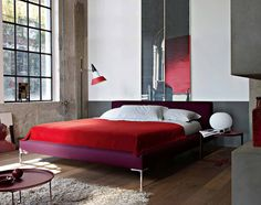 Charles bed designed by Antonio Citterio for B+B Italia.