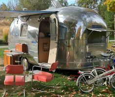 Name: Ruthie B  Make: Airstream  Year: 1964  Model: Bambi 2