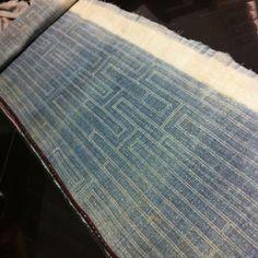 RARE VINTAGE Fabric Batik HEMP HMONG Hill Tribe Textile Indigo Table Runner