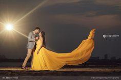 Pre Wedding Shoot Ideas, Pre Wedding Poses, Wedding Couple Poses, Pre Wedding Photoshoot, Indian Wedding Photography Poses, Outdoor Wedding Photography, Couple Photography Poses, Couple Picture Poses, Couple Photoshoot Poses