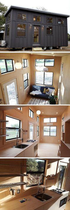 funktional und praktisches Mini Haus mitten im Wald platzieren
