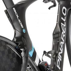 Pinarello_Bolide-TT_carbon-time-trial-bike_rear-brake-detail