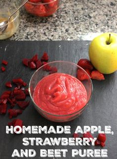 A perfect homemade apple, strawberry and beet puree, made for babies, but everyone can enjoy it. Even on toast!