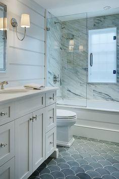 ACK-spirational Living: Hawthorne Park (elements of style) Bathroom Renos, Bathroom Flooring, Bathroom Interior, Small Bathroom Remodeling, Small Master Bathroom Ideas, Lake Bathroom, Bathroom Layout, Bathroom Renovations, Dream Bathrooms