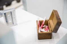 Exposition Substance, Head – Genève 2006-2012, présentée à artgenève du 31 janvier au 3 février 2013. ©Rebecca Bowring Floating Nightstand, Table, Furniture, Home Decor, Art, Radiation Exposure, Homemade Home Decor, Craft Art, Tables