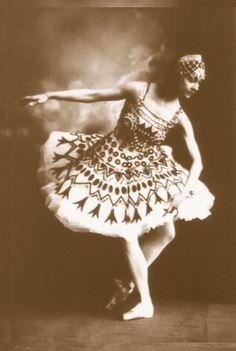 Imperial Ballet    Olga Spessivtseva as Aspiccia -  La Fille du Pharaon, St.Petersburg,  c. 1913