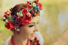 poppy jewellery, bridal floral crown, wedding flower crown, red flower crown, bridal hair accessories, bridal hairpiece, headpiece