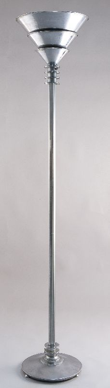 Floor lamp, ca. 1928, designed by Eliel Gottlieb Saarinen. (The Wolfsonian–Florida International University, Miami Beach, Florida, Gift of Doris Duke Charitable Foundation)