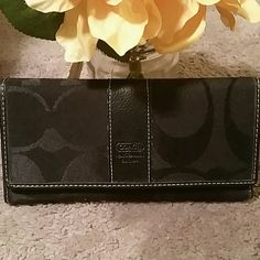 Coach trifold wallet New without box . Trifold . Snap closure Coach Other