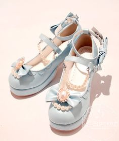 Pin on Shoes Pin on Shoes Pretty Shoes, Cute Shoes, Me Too Shoes, Kawaii Shoes, Kawaii Clothes, Old Fashion Dresses, Fashion Shoes, Rock Fashion, Fashion Accessories
