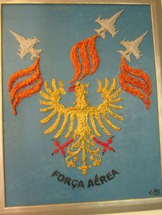 Air Force crest at the Largo do Museu da Artilharia...