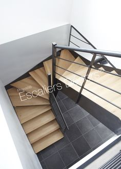 Modern Stair Railing, Modern Stairs, Home Stairs Design, House Design, Industrial Restaurant Design, Industrial Apartment, Stair Makeover, House Stairs, Stairway To Heaven