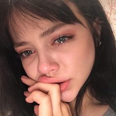 55 Ideas photography sad girl models for 2019 Crying Aesthetic, Aesthetic Girl, Aesthetic Anime, Crying Tumblr, Flipagram Instagram, Sad Girl Photography, Nature Photography, Jess Conte, Tumbrl Girls